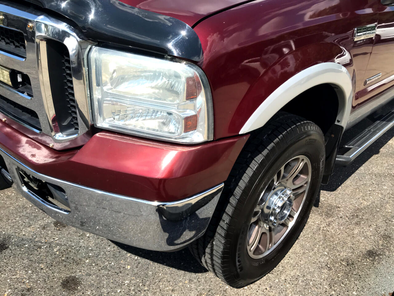 2006 Ford F-350 SD Lariat Crew Cab Long Bed DRW 4WD