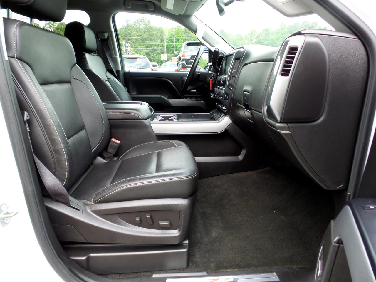 2015 Chevrolet Silverado 2500HD LTZ Crew Cab Long Box 4WD