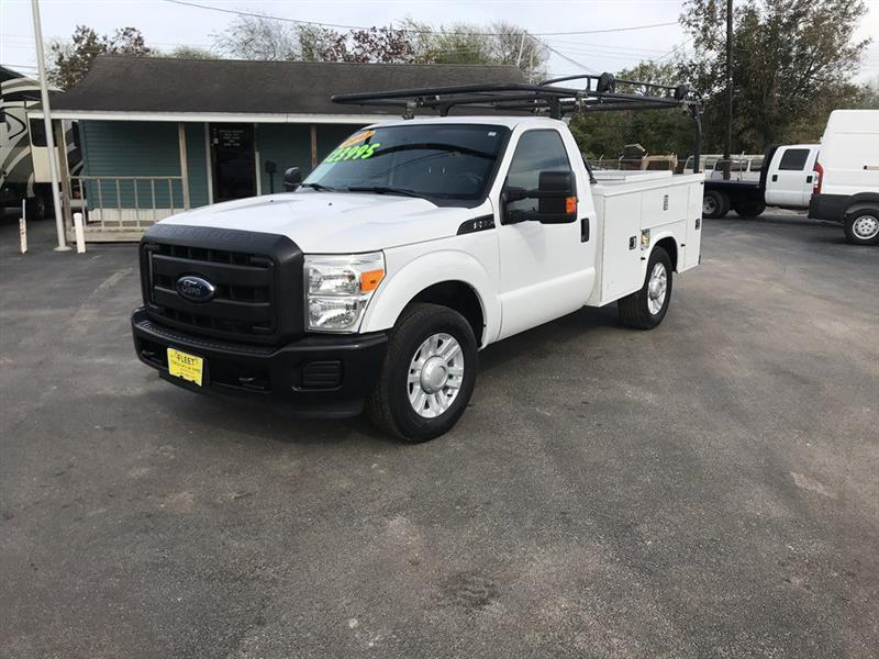 "2012 Ford Super Duty F-350 SRW 2WD Reg Cab 137"" XL"