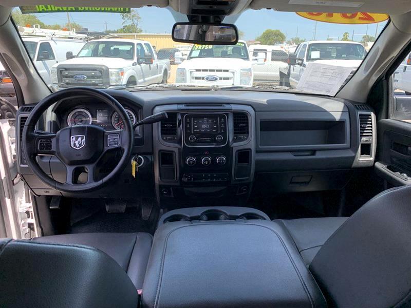 2015 RAM 3500 2WD Crew Cab 172