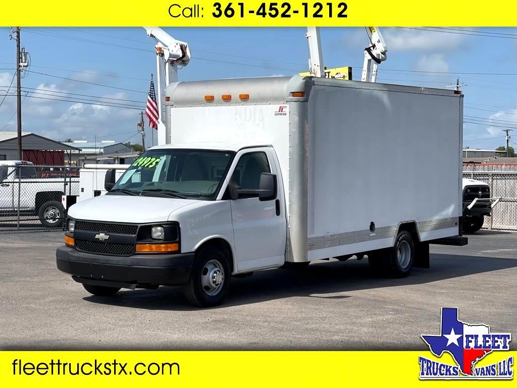 Chevrolet Express Commercial Cutaway  2012