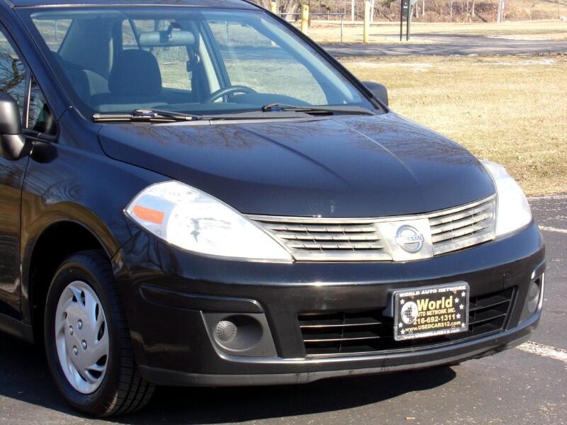 Nissan Versa 1.6 Base Sedan 2009