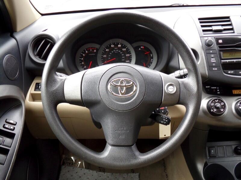Toyota RAV4 Base I4 4WD 2009
