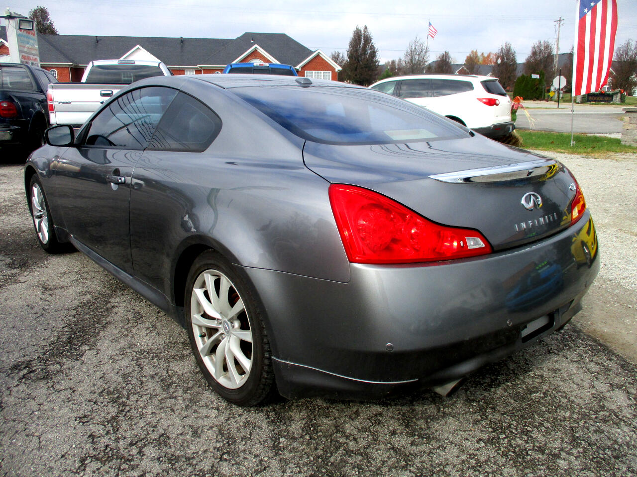 2011 Infiniti G37 Coupe 2dr Journey RWD