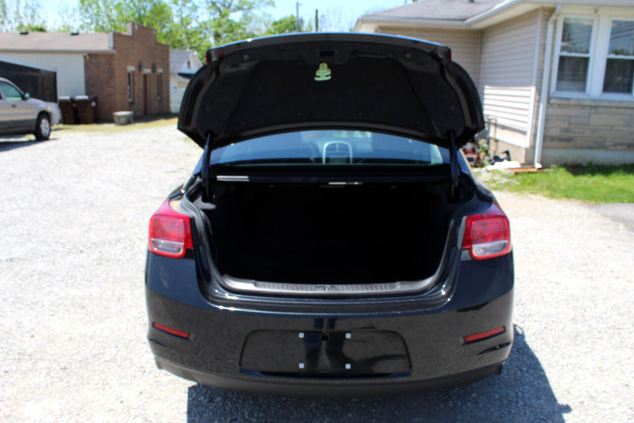 2014 Chevrolet Malibu 4dr Sdn LT w/1LT