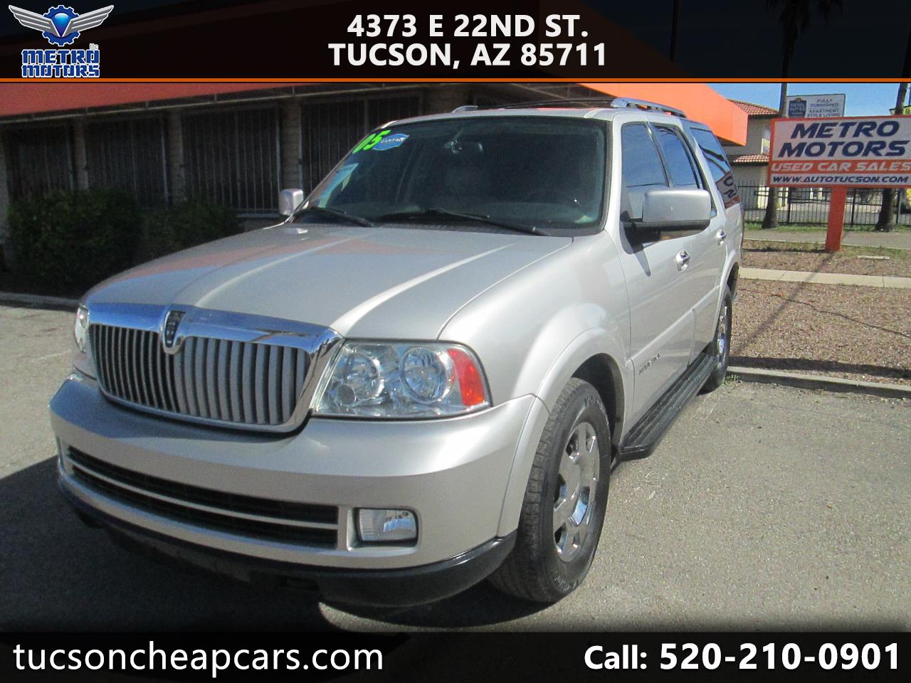 Lincoln Navigator Luxury 4WD 2005