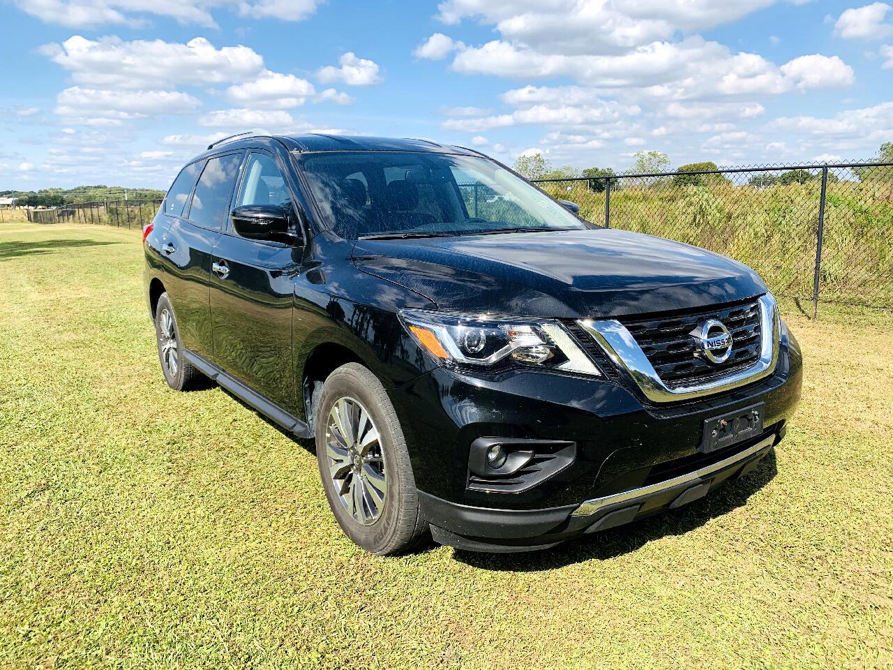 Nissan Pathfinder 4x4 SV 2019