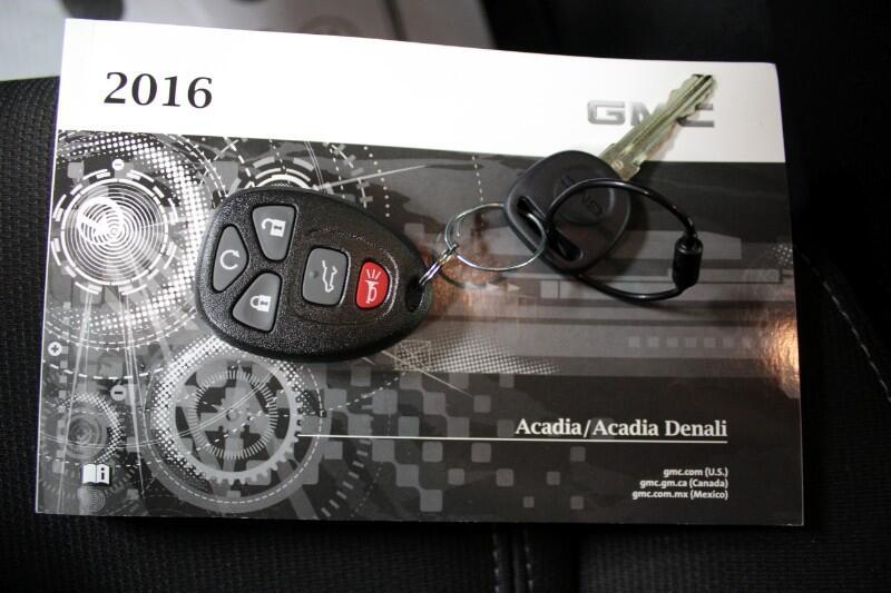 2016 GMC Acadia SLE-2 FWD