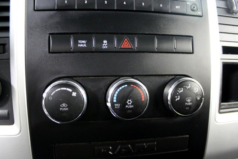 2012 RAM 1500 SLT LWB 4WD