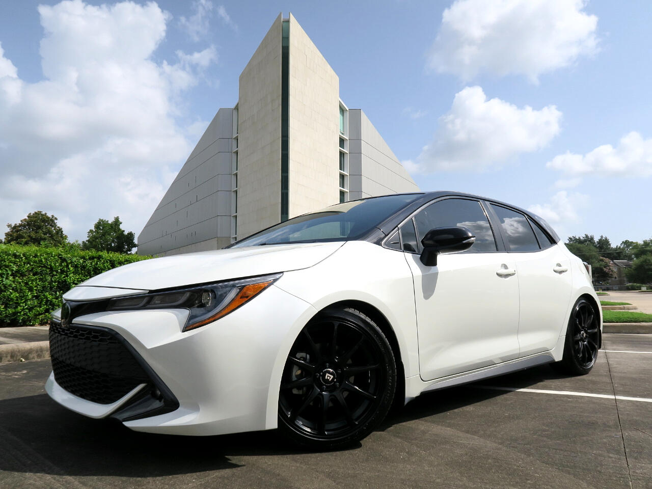 2020 Toyota Corolla Hatchback SE Manual (Natl)