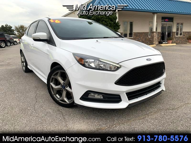 Ford Focus ST Hatch 2016