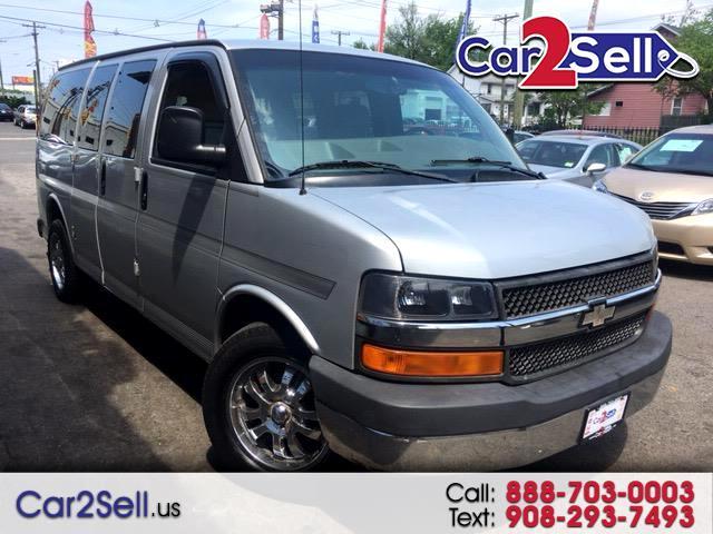 2004 Chevrolet Express 1500 LS