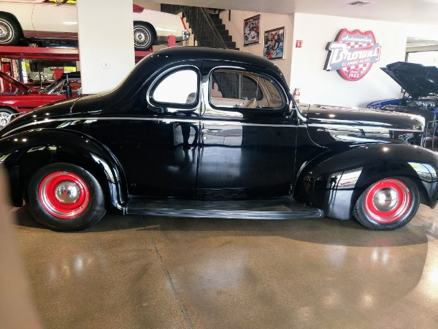 1940 Ford Deluxe Coupe Resto Mod