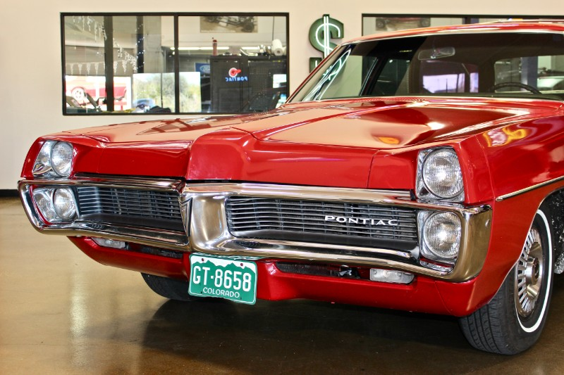 1967 Pontiac Safari Wagon