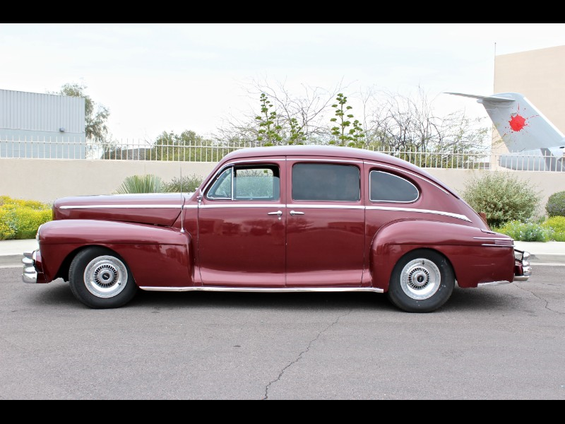 1947 Lincoln Zephyr 4dr Sdn