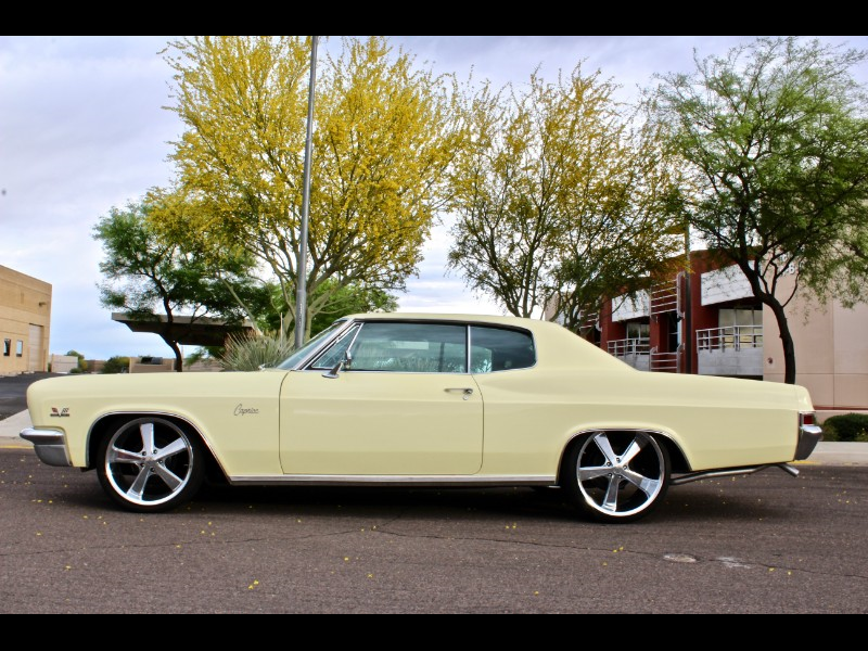 1966 Chevrolet Caprice Coupe