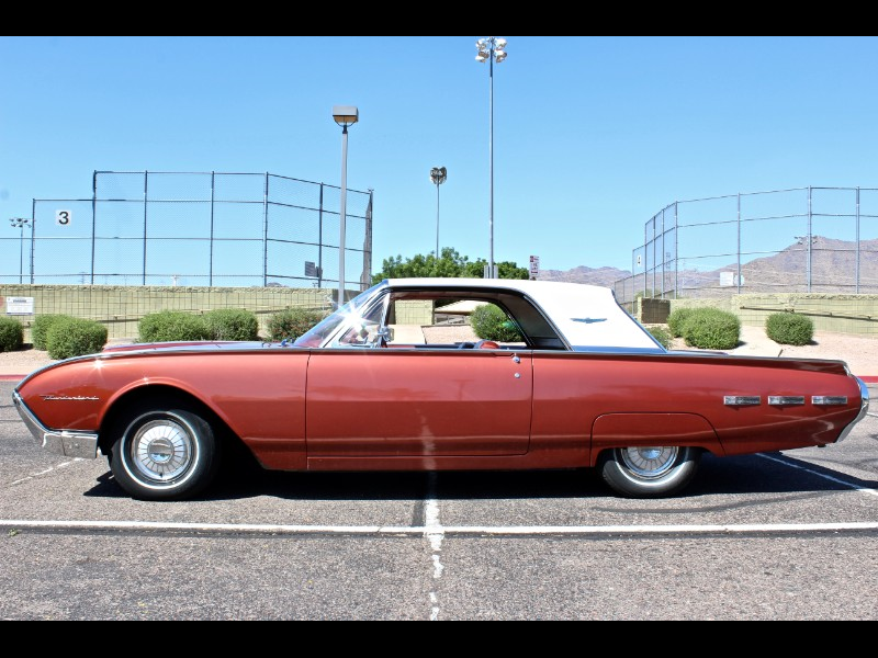1962 Ford Thunderbird 2dr Coupe