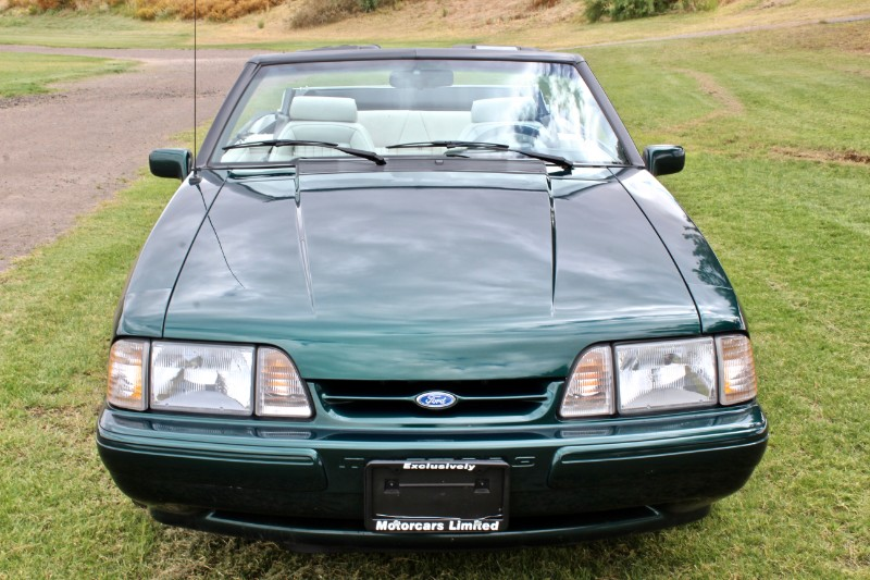 1990 Ford Mustang LX 5.0L convertible