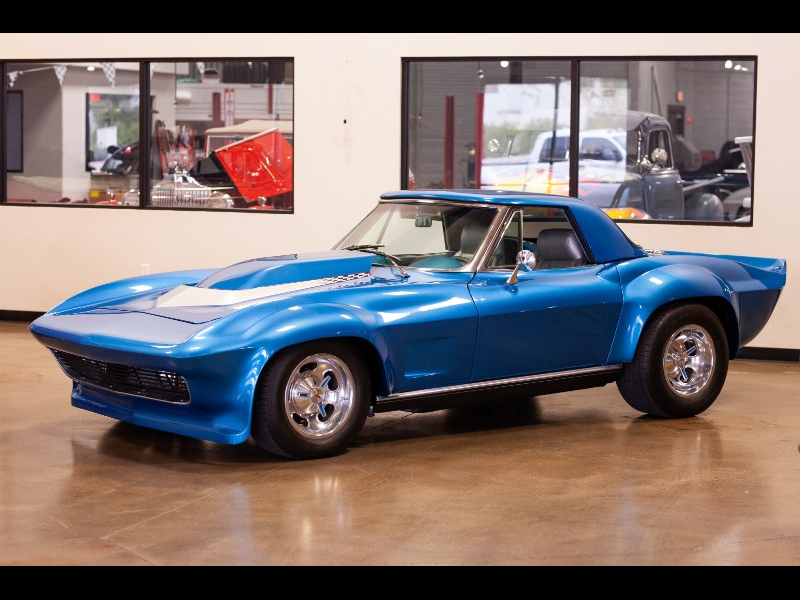 Chevrolet Corvette Convertible 1966