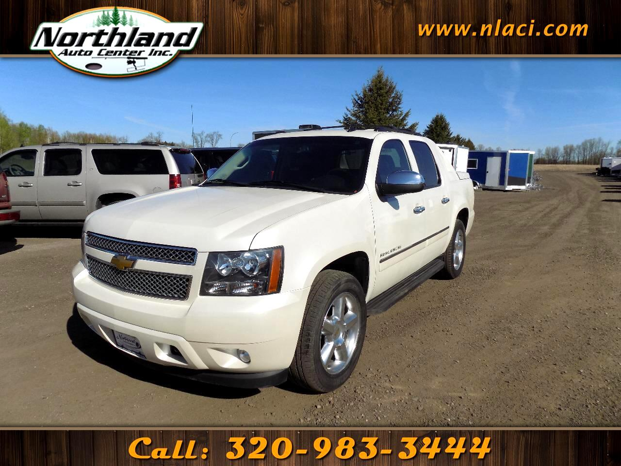 2013 Chevrolet Avalanche 4WD Crew Cab LTZ