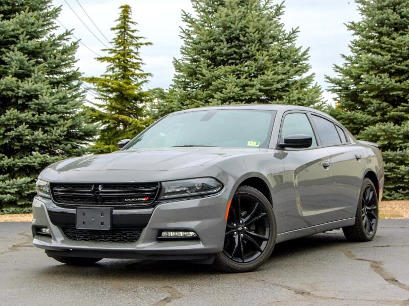 2017 Dodge Charger SXT BLACKTOP