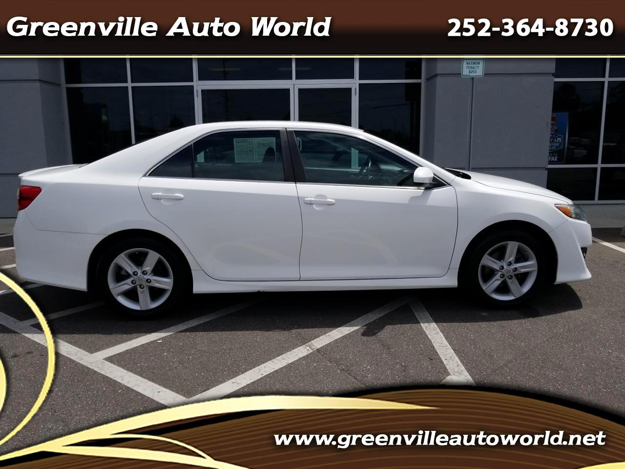 2012 Toyota Camry 2014.5 4dr Sdn I4 Auto SE Sport (Natl)