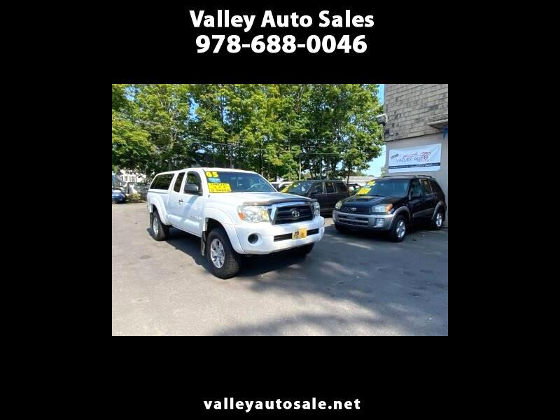 Toyota Tacoma Access Cab I4 Manual 4WD 2005