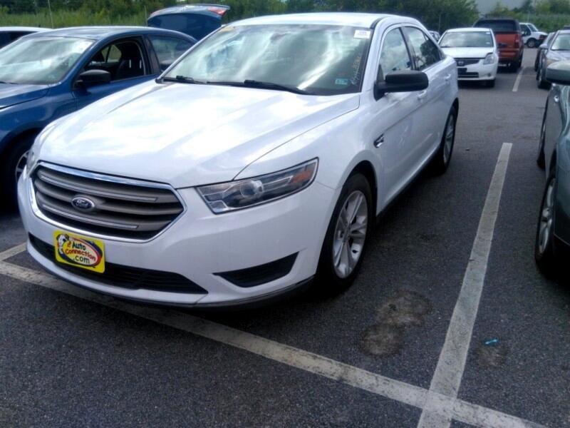 Ford Taurus SE FWD 2016