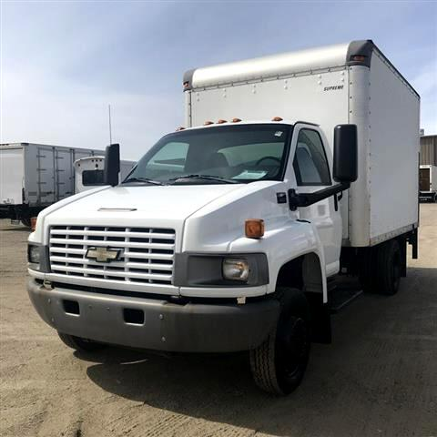 2003 Chevrolet C4C042 12 BOX W/ LIFT