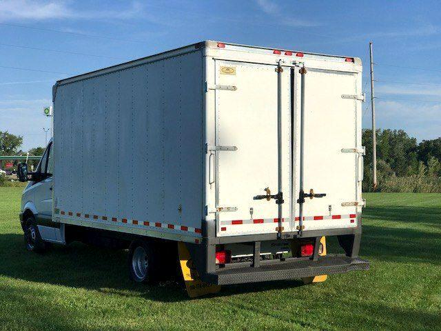 used 2008 dodge sprinter 15 39 cube van cutaway for sale in fenton mi 48430 online auto. Black Bedroom Furniture Sets. Home Design Ideas