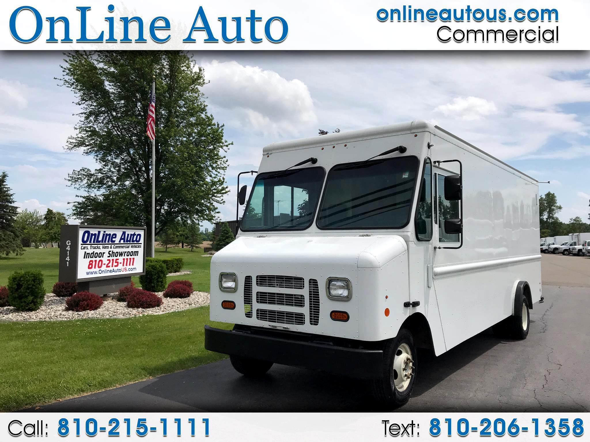 2015 Ford E-250 16' STEP VAN W/CLOTHING POLES