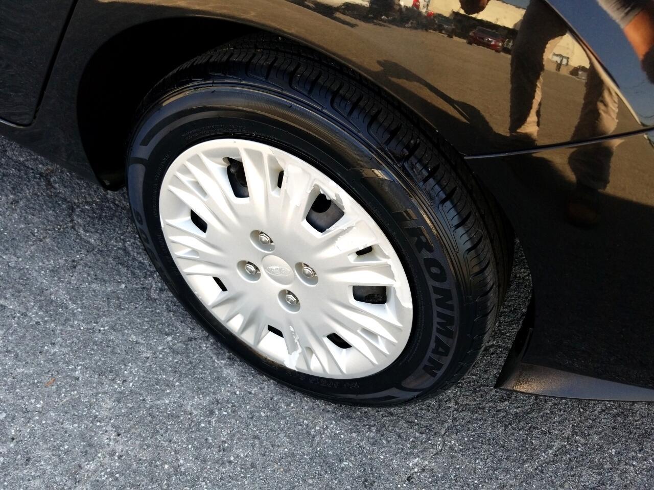 2015 Ford Fiesta S Sedan