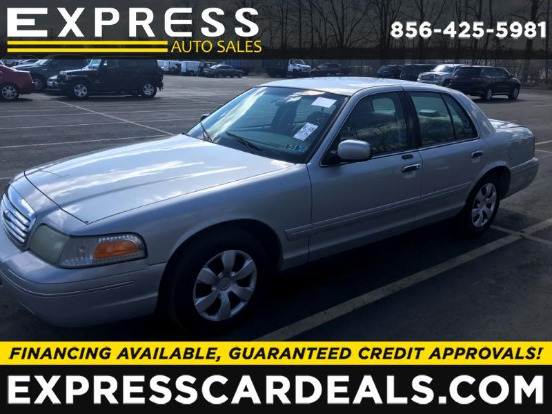 2002 Ford Crown Victoria  for sale VIN: 2FAFP73W82X149894