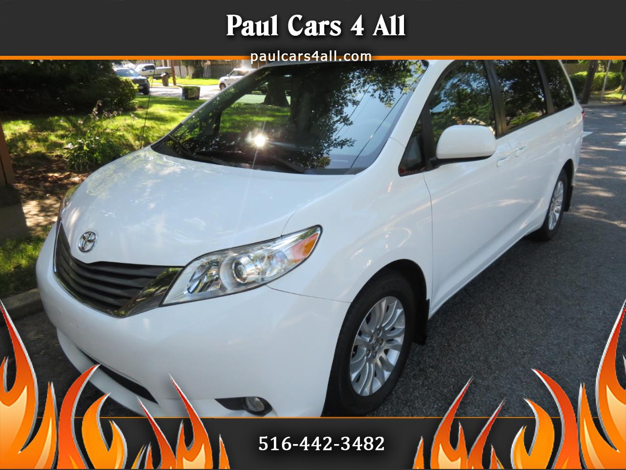 2014 Toyota Sienna 5dr 7-Pass Van V6 XLE AAS FWD (Natl)