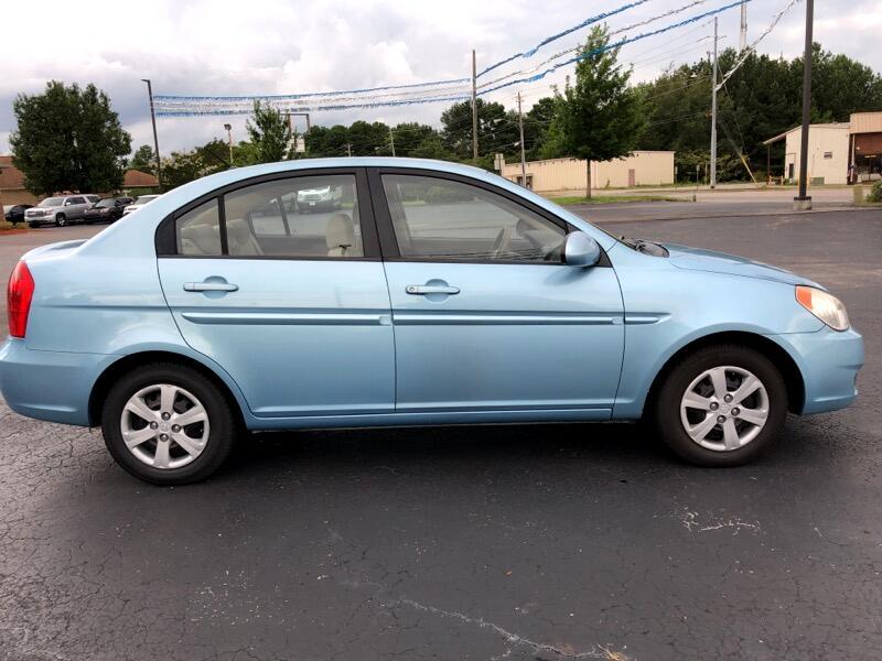 2009 Hyundai Accent GLS 4-Door