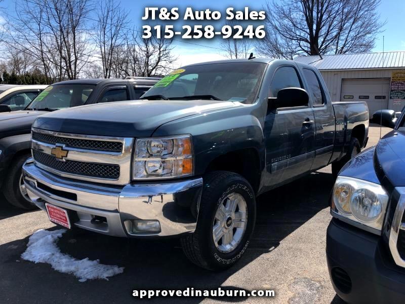 """2013 Chevrolet Silverado 1500 4WD Ext Cab 143.5"""" LT"""
