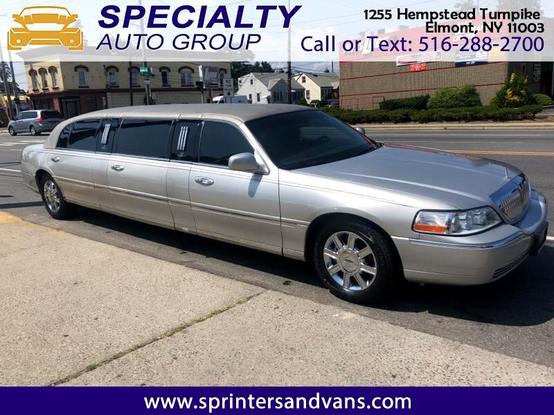 Lincoln Town Car 2011 for Sale in Elmont, NY