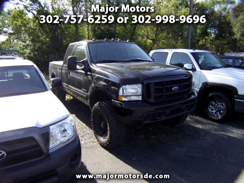 "2005 Ford F-150 SuperCrew 139"" XLT 4WD"