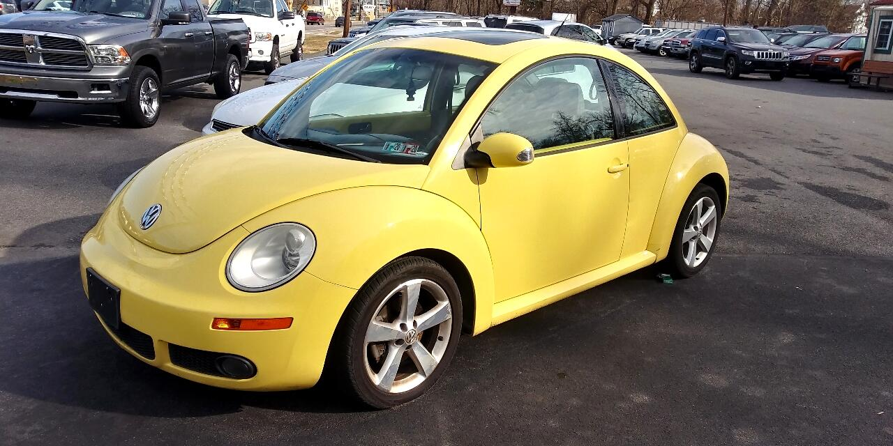 Volkswagen New Beetle Coupe 2dr 2.5L Manual 2006