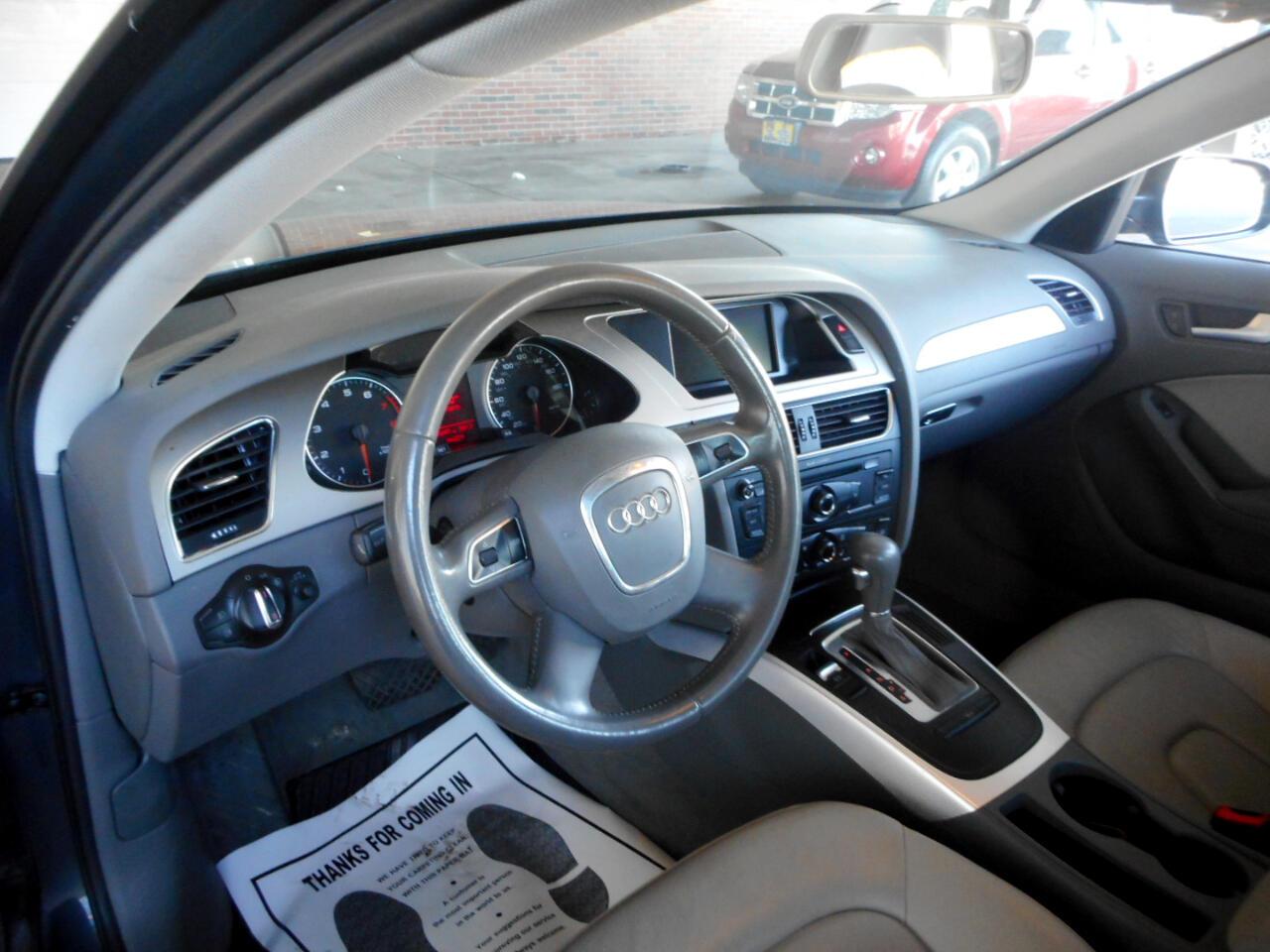 2011 Audi A4 2.0T Sedan quattro Tiptronic