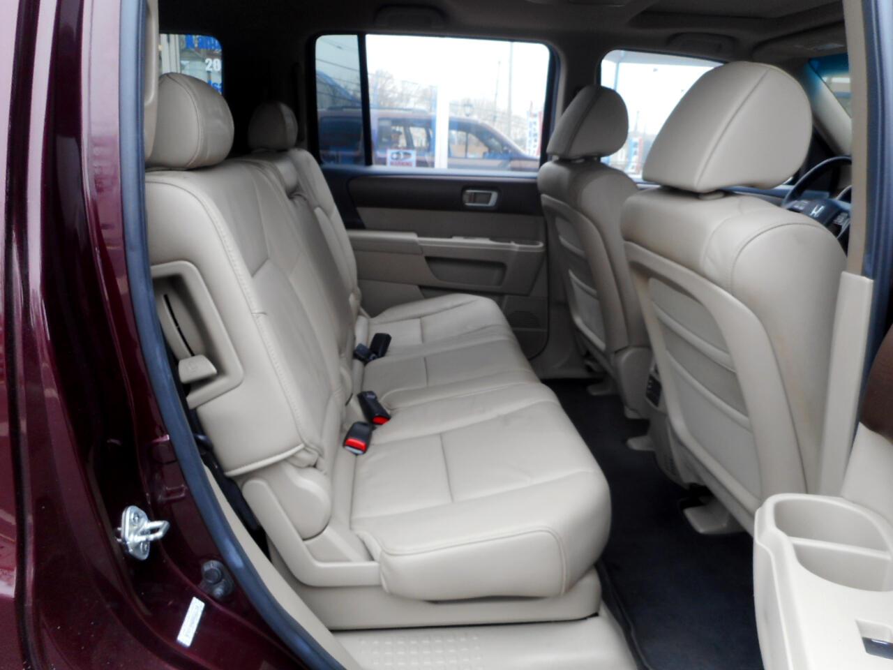 2010 Honda Pilot EX-L 4WD 5-Spd AT with DVD