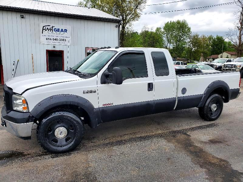 Ford F-350 SD XL SuperCab 2WD 2005