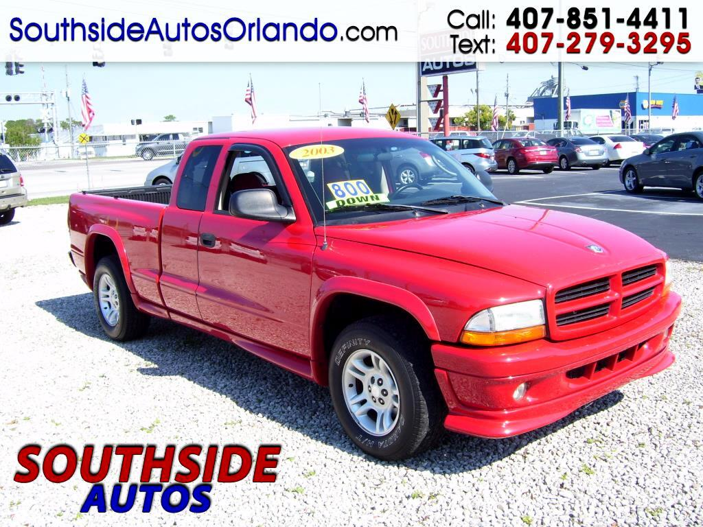 "2003 Dodge Dakota 2dr Club Cab 131"" WB Sport"