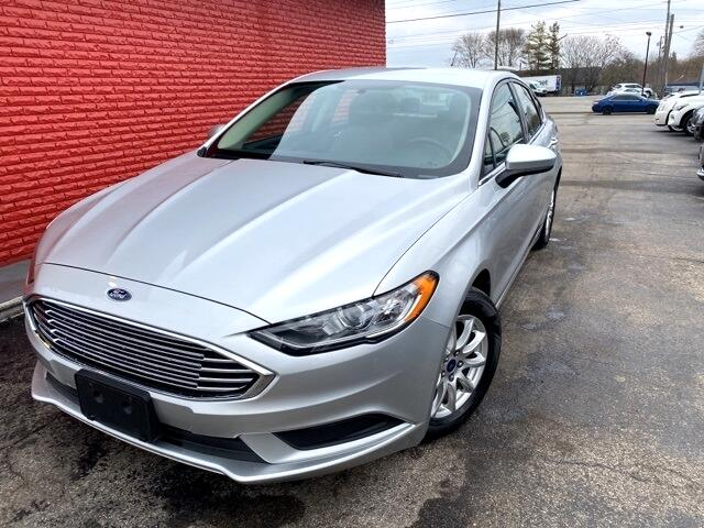 Ford Fusion S FWD 2017