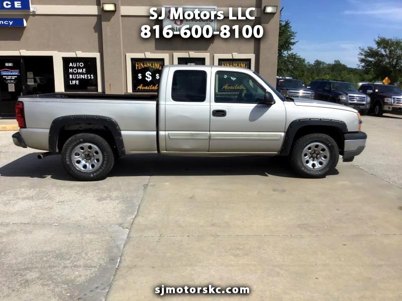 Chevrolet Silverado 1500 LT Ext. Cab Long Bed 4WD 2005