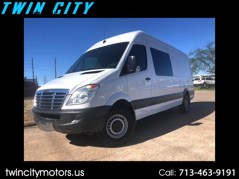 2012 Freightliner Sprinter 2500 170-in. WB