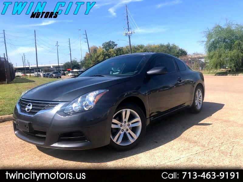 Nissan Altima 2.5 S Coupe 2012