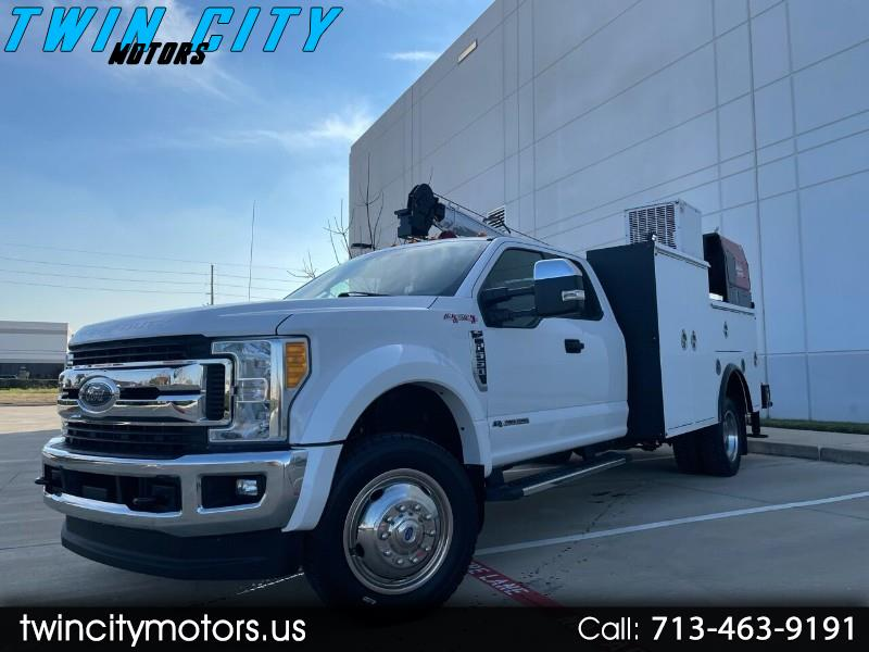 Ford F-550 SuperCab DRW 4WD 2017