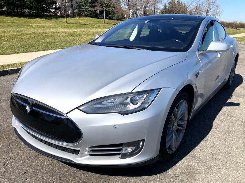 Tesla Model S Base 2014