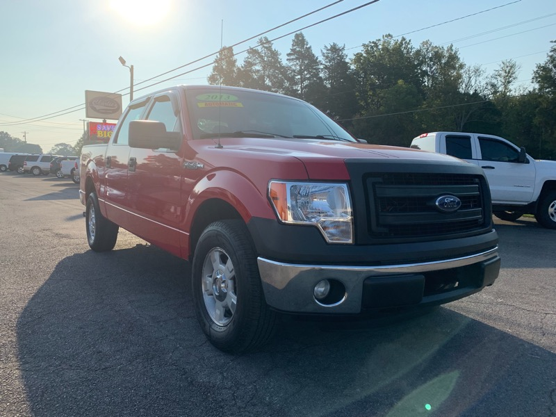 "2013 Ford F-150 SuperCrew 139"" XLT"